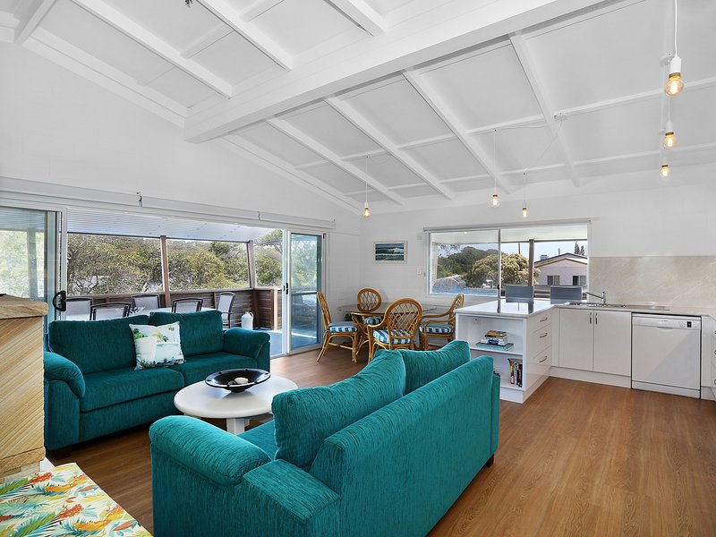 Admirals Deck - Blue River Apartments, holiday rental in Minnie Water