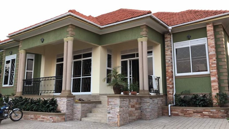 Verde spaziosa sicuro Home