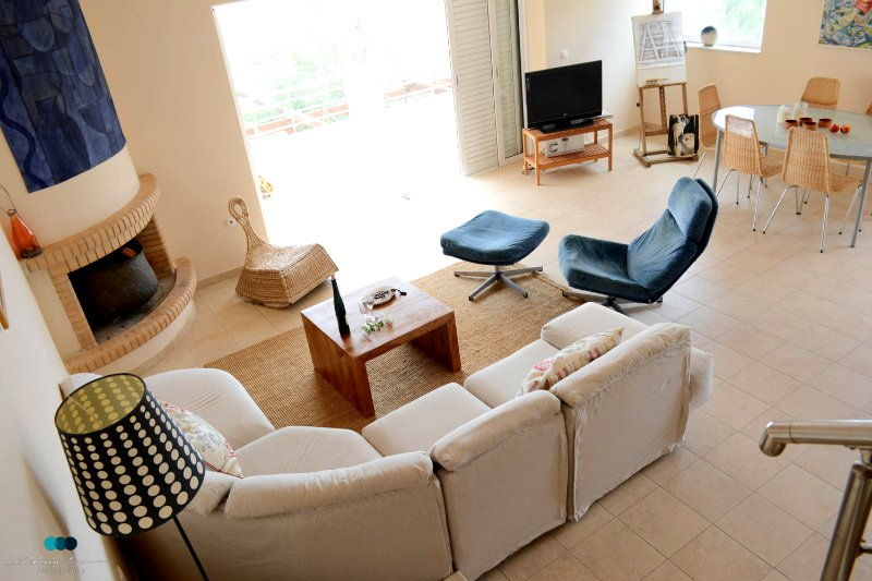 VILLA PRIVAAT  STRAND GOLF VAN KORINTHE, vacation rental in Loutraki