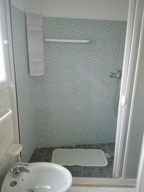 Cuarto de baño (otro ángulo)
