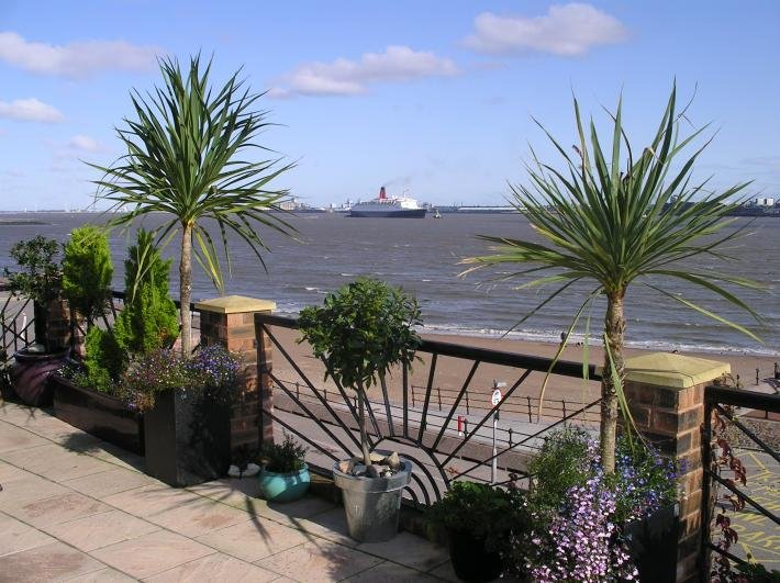 Captains View Self Catering Apartment, location de vacances à Merseyside