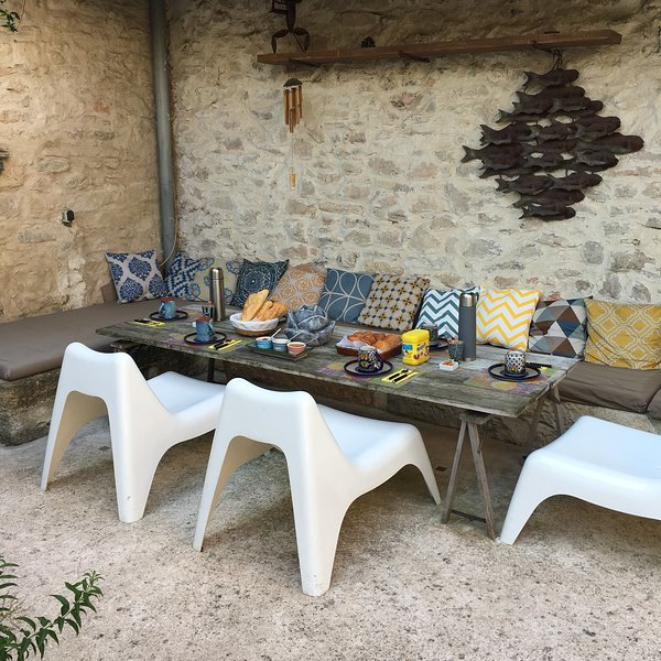 Breakfast Table summer courtyard