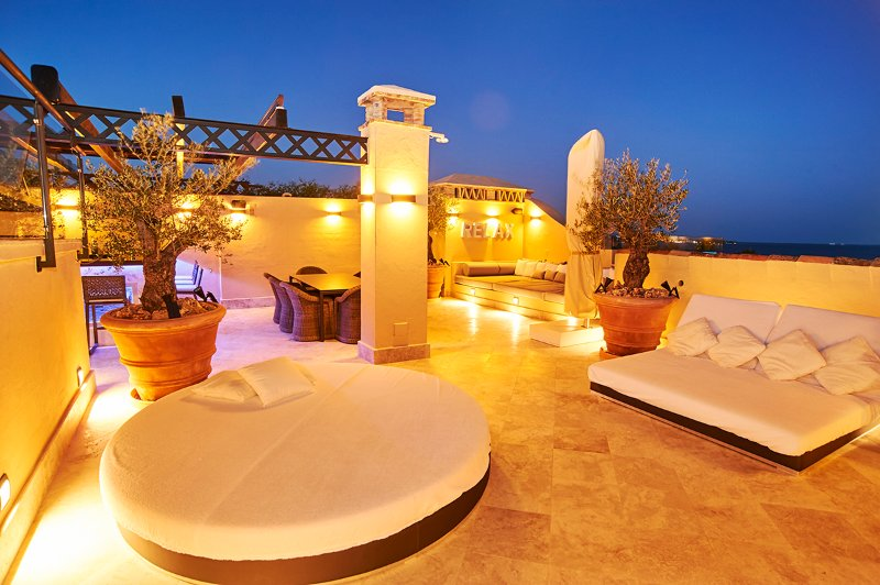 Private roof top terrace
