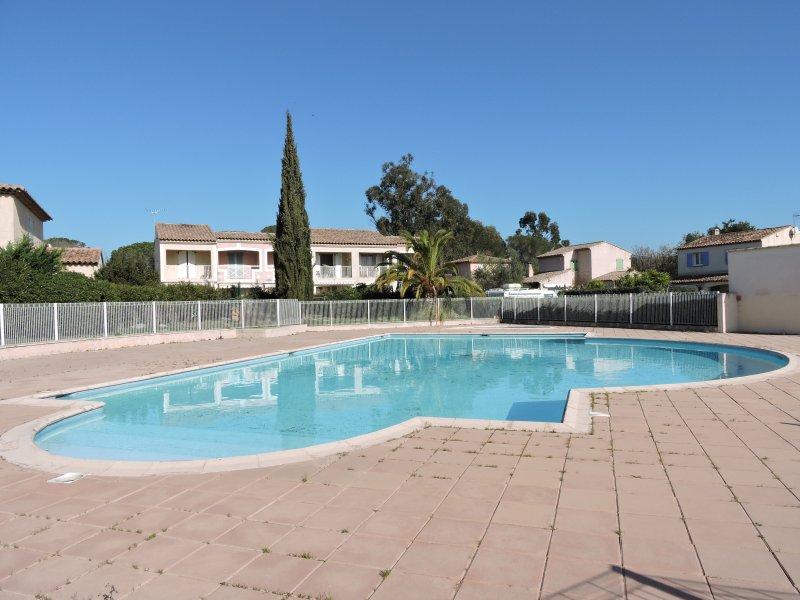 piscina in comune