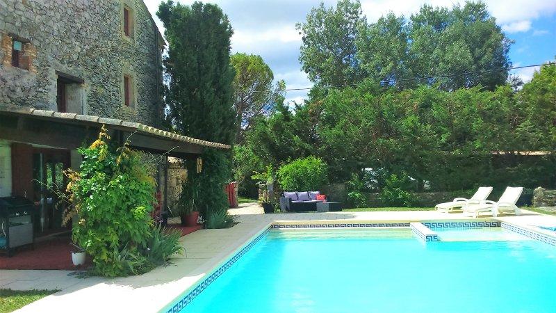 Mas avec piscine privée, holiday rental in Mejannes-le-Clap