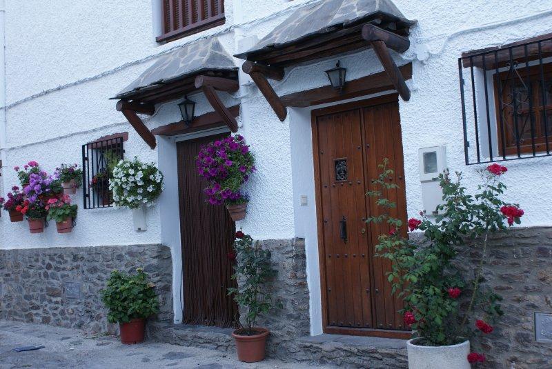 CASA DE LA ERMITA, alojamiento rural en Bubión, la Alpujarra, Granada, holiday rental in Capileira