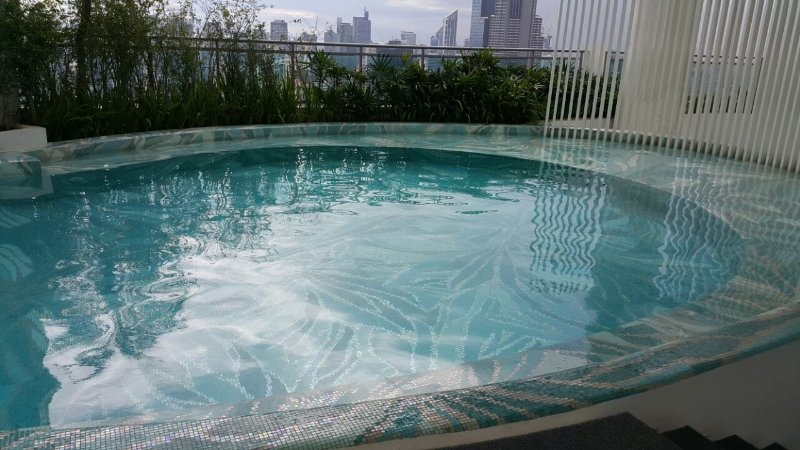 The new pool at the rooftop with fabulous view of Makati and Mandaluyong skylines
