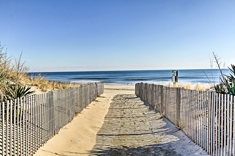 Up to 6 guests will enjoy days spent at the beach - just 60 steps away!