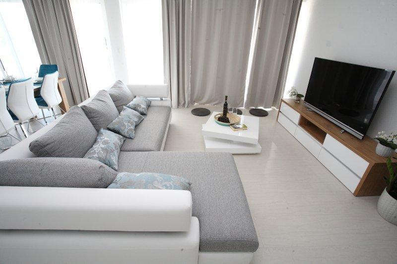 Villa-Apartments Karmel, vacation rental in Kastel Kambelovac