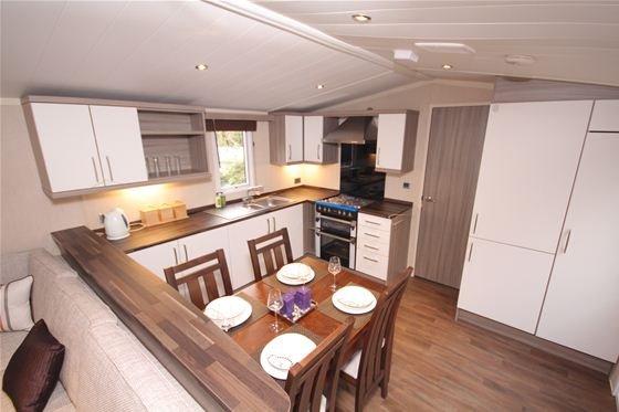 Caravan kitchen/dining Swift Moselle