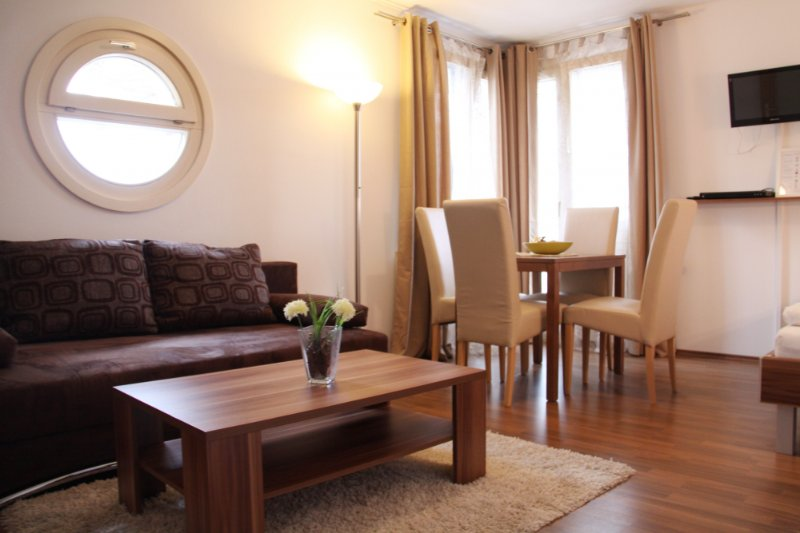 checkVIENNA - Hofwiesengasse Studio, holiday rental in Brand-Laaben