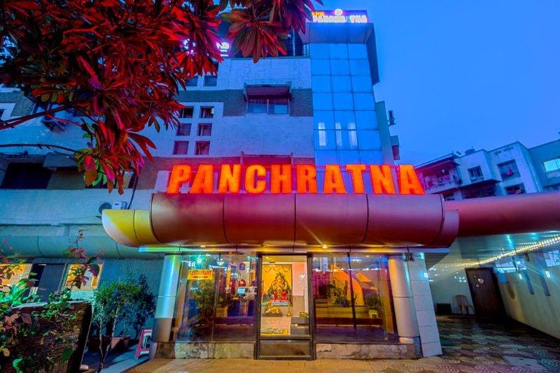 Hotel Panchratna (Deluxe 3), holiday rental in Matheran