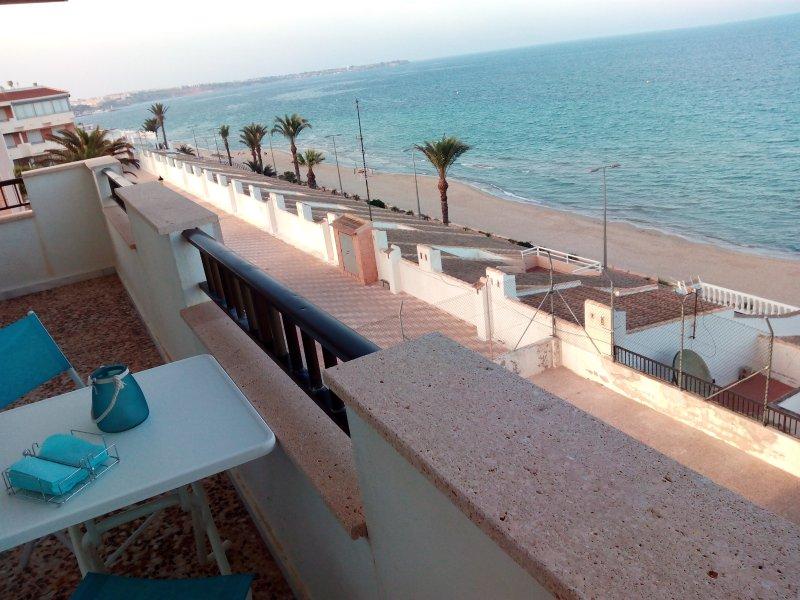 Terraza con impresionantes vistas al mar