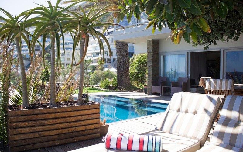 Three bedroom Clifton beach house Cape Town, aluguéis de temporada em Clifton