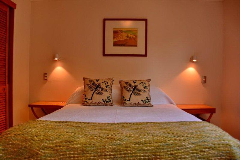 Kleine Wohnung mit Queen-Bett. Ideal für 2 Personen
