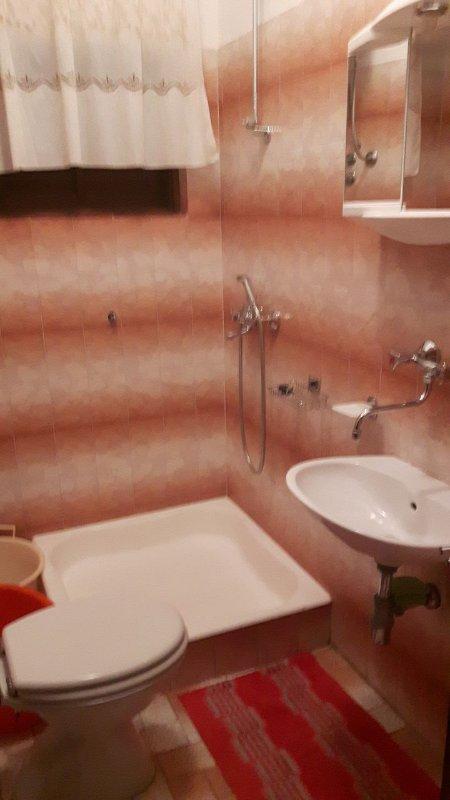 A2-Mali(2+2): bathroom with toilet