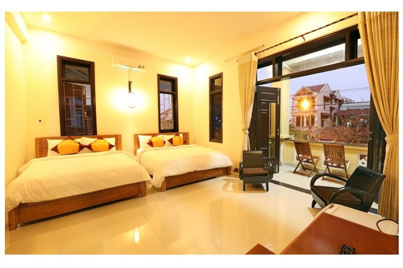 Deluxe Bedroom with Balcony for up to 4.