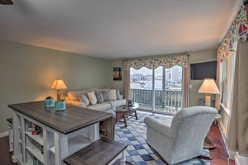 Escape to the coast at this Provincetown vacation rental condo!