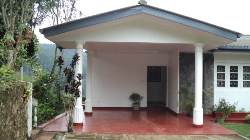 Halcyon Holiday Bungalow, holiday rental in Haputale