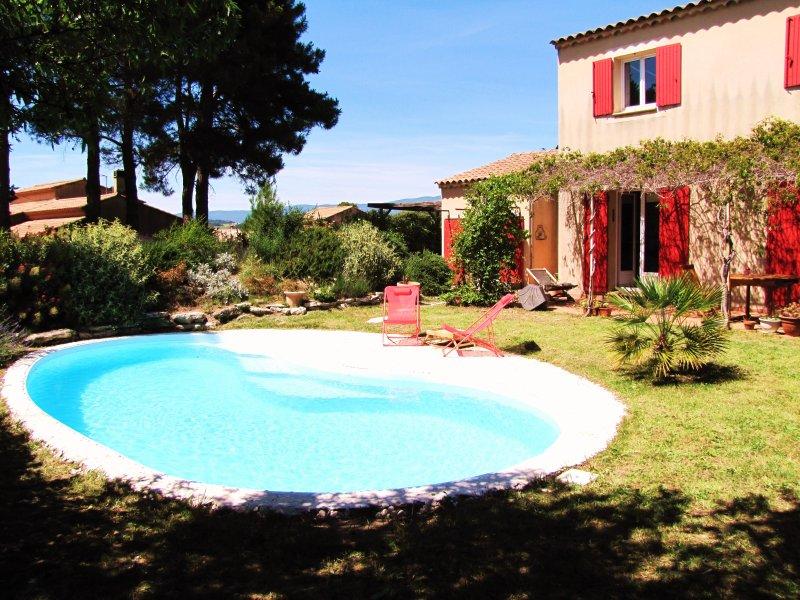 Grande villa dans le Lubéron - 4 chambres, 8 couchages avec piscine privée, casa vacanza a Peyrolles-en-Provence