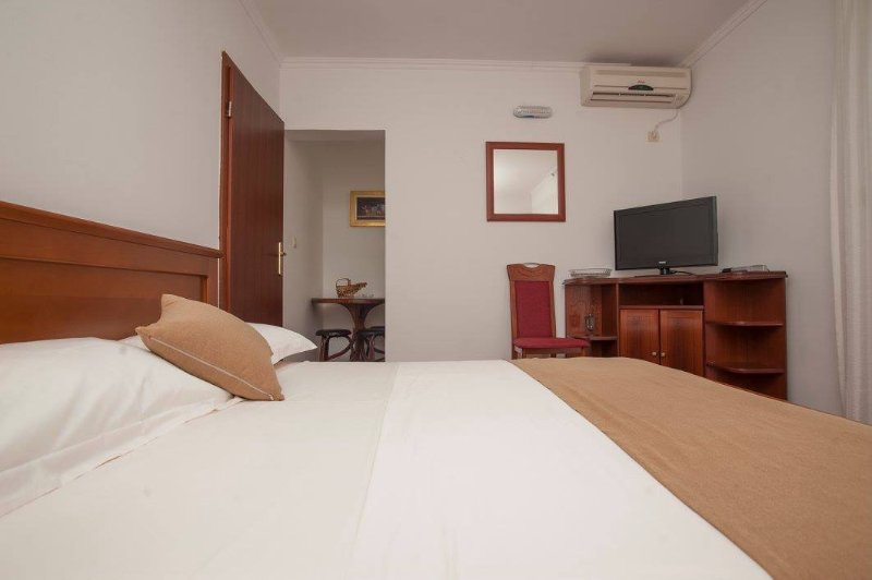 Guest House Medin, holiday rental in Katun