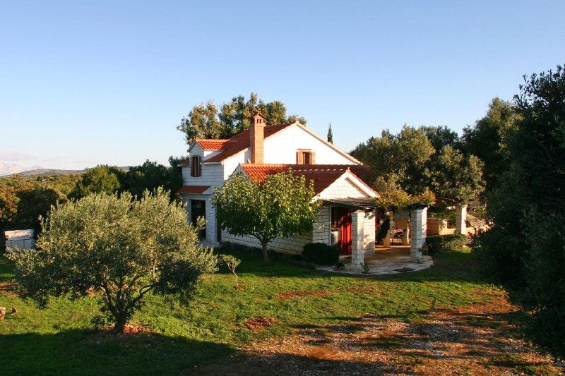 Three bedroom house Pučišća, Brač (K-749), vacation rental in Pucisce