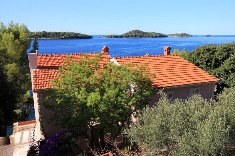 Two bedroom apartment Prižba, Korčula (A-176-a), vacation rental in Smokvica