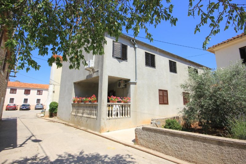 One bedroom apartment Sali, Dugi otok (A-447-b), holiday rental in Sali