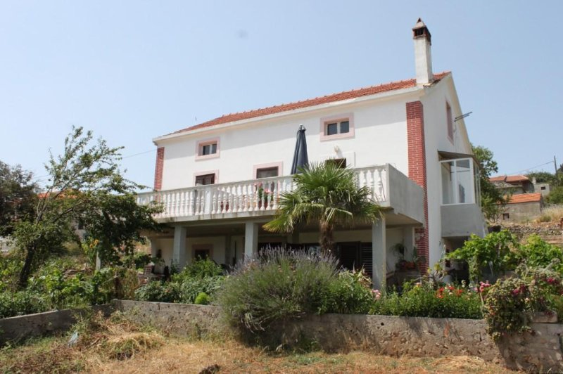 One bedroom apartment Žman, Dugi otok (A-449-b), location de vacances à Luka