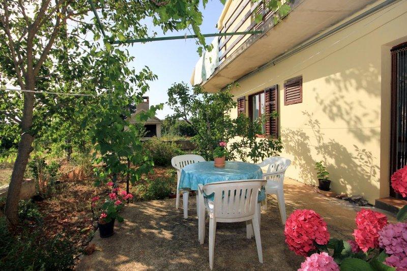 Zaglav Apartment Sleeps 4 - 5459869, holiday rental in Zman