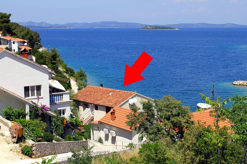 Two bedroom apartment Sali, Dugi otok (A-880-a), holiday rental in Sali