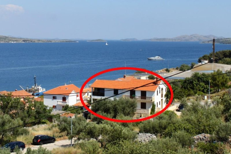 Sali Apartment Sleeps 4 with Air Con - 5459368, holiday rental in Kornati Islands National Park