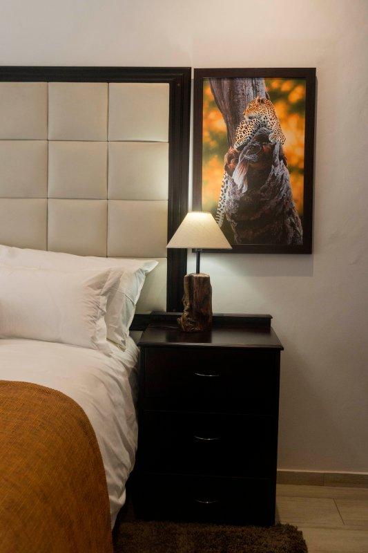 Leopard / salle de Mbada