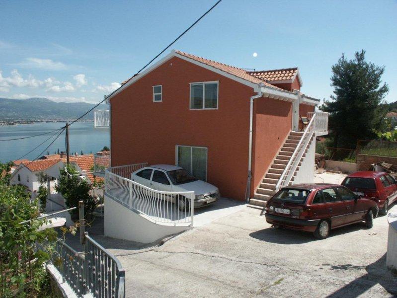 One bedroom apartment Mastrinka, Čiovo (A-2042-b), holiday rental in Zedno