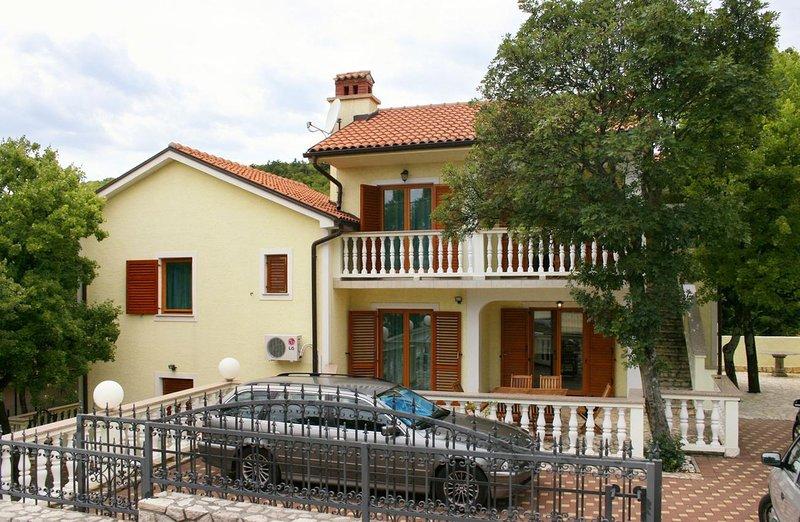 One bedroom apartment Povile, Novi Vinodolski (A-2398-b), casa vacanza a Povile