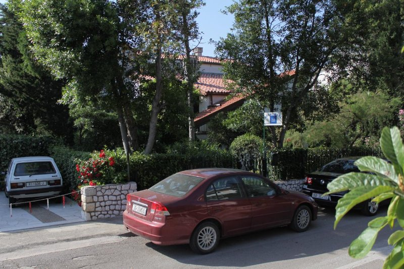 One bedroom apartment Selce, Crikvenica (A-2372-b), alquiler vacacional en Selce