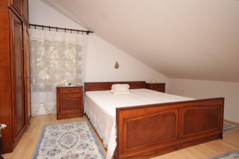 Kalk Apartment Sleeps 4 - 5460760, holiday rental in Cunski