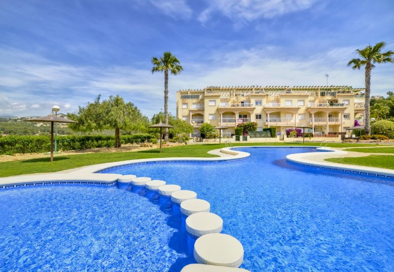 Residencia Casanova 2-1-5 - Apartment with pool and tennis court in Calpe, holiday rental in Calpe