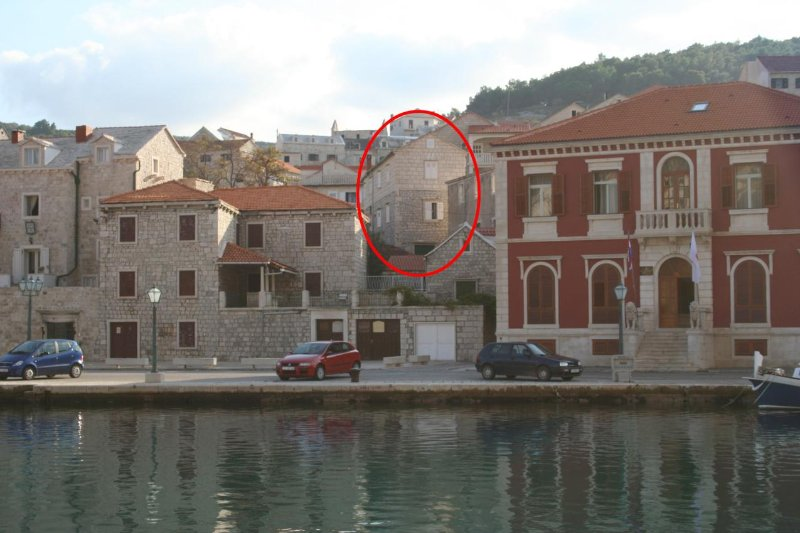 Two bedroom apartment Pučišća, Brač (A-2942-a), vacation rental in Pucisce
