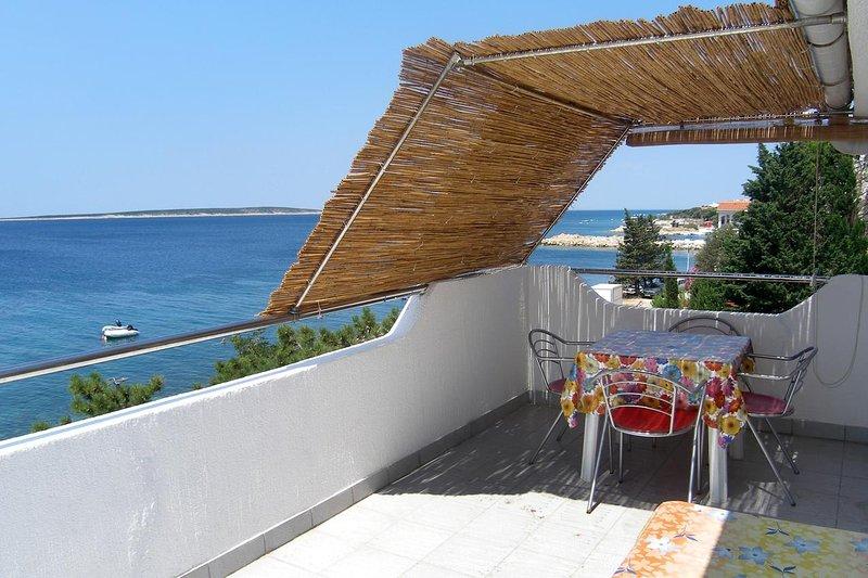 Mandre Apartment Sleeps 4 with Air Con - 5462286, casa vacanza a Olib