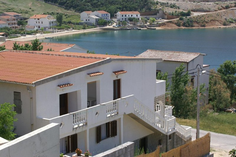 One bedroom apartment Metajna, Pag (A-4150-c), location de vacances à Metajna
