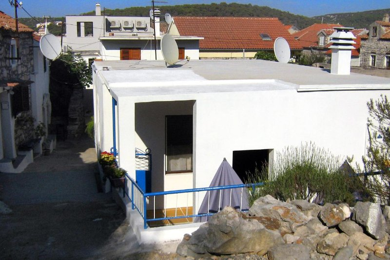 One bedroom apartment Tisno, Murter (A-4298-a), vakantiewoning in Tisno