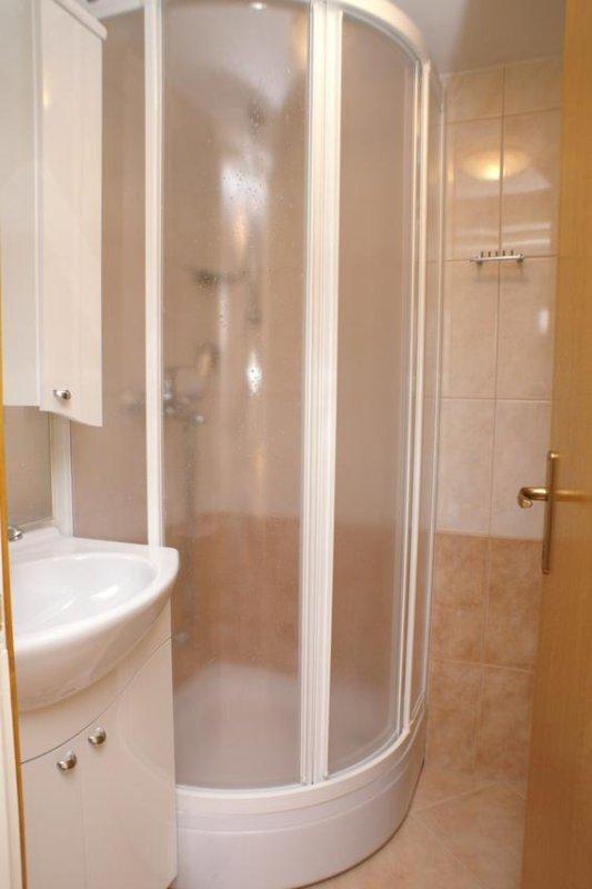 Salle de bains 1, Surface: 2 m²