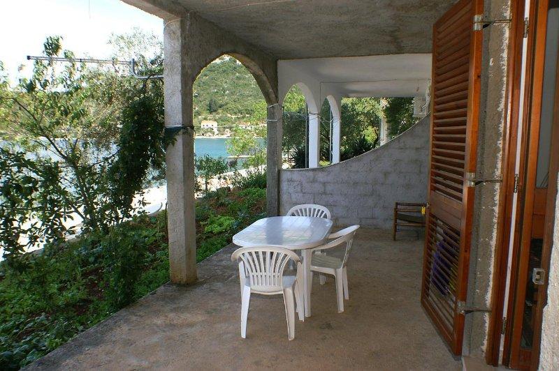 Blazevo Apartment Sleeps 6 - 5463120, holiday rental in Zuljana