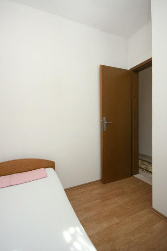 Bedroom 2, Surface: 4 m²