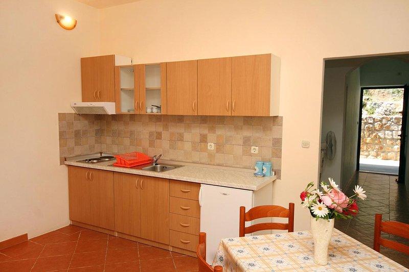 Keuken, Oppervlakte: 3 m²
