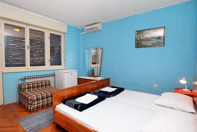 Schlafzimmer 1, Oberfläche: 17 m²