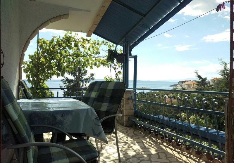 Povile Apartment Sleeps 4 with Air Con - 5464405, casa vacanza a Povile