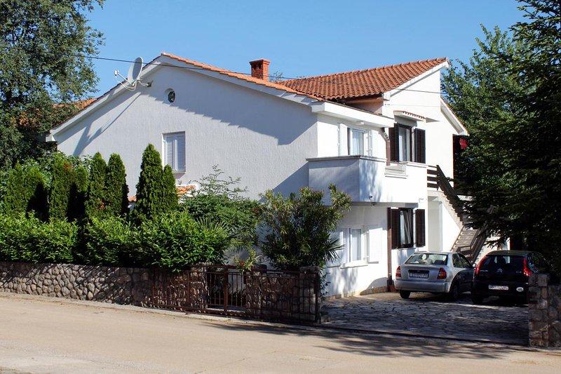 Three bedroom apartment Vantačići, Krk (A-5425-a), casa vacanza a Vantacici