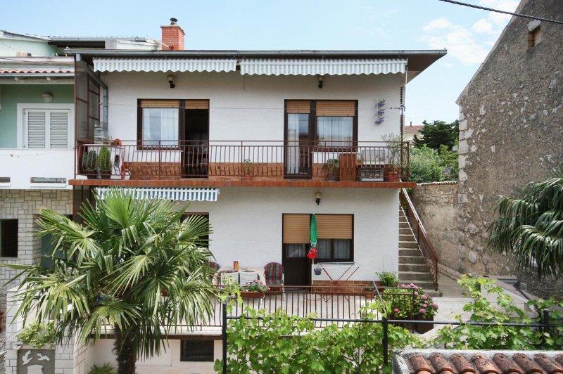 Two bedroom apartment Selce, Crikvenica (A-5498-a), alquiler vacacional en Selce